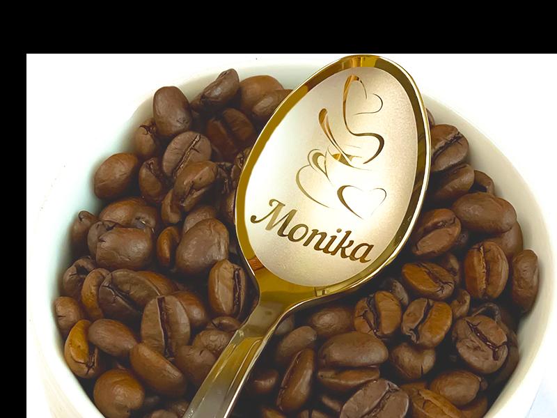 łyżeczka nierdzewna z wygrawerowanym imieniem żeńskim na prezent. na ziarnach kawy